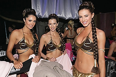 Three hot Girls Dressed as Slave Princess Leia